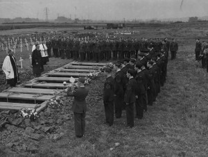 The burials of the crew of LP437. Photo via Bruce Braithwaite