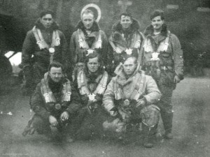 Flying Officer Dave Gibbs and crew (in DV277) just before take-off on 30 January 1944. It will be their seventh raid on Berlin. From the Waddington Collection, RAF Waddington Heritage Centre