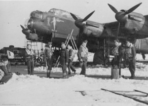 JA901 'Naughty Nan' and her crew at Waddington during the winter of 1943-44