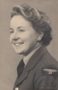 Jean Smith, 1943